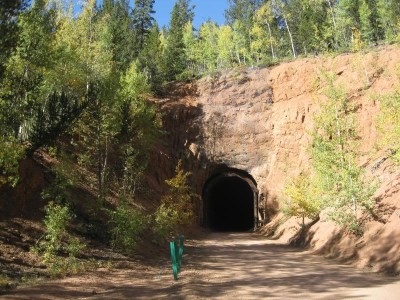 010GoldCamptunnel.jpg