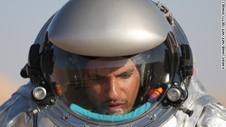 180226175717-mars-oman-astronaut-large-169.jpg