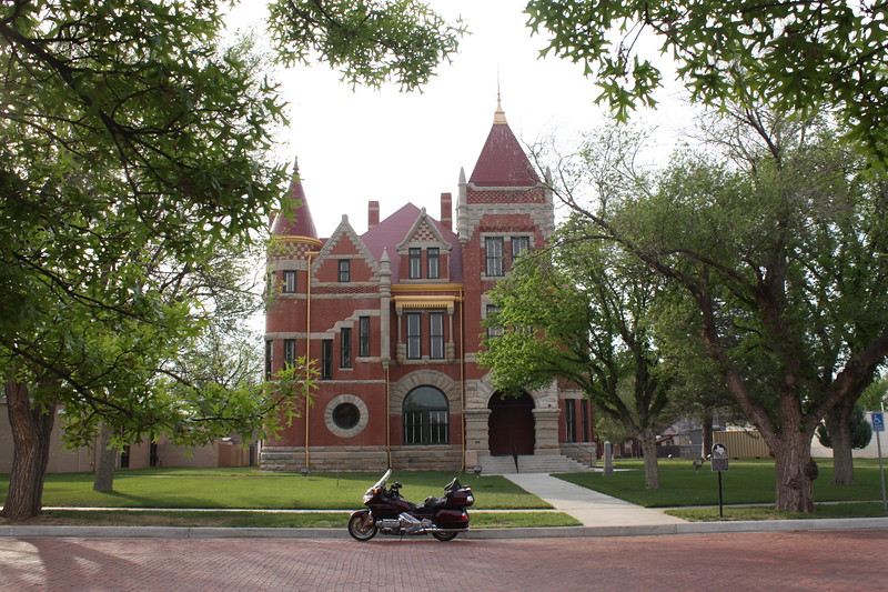 Donley%20County%20Courthouse%20Clarendon%202-L.jpg