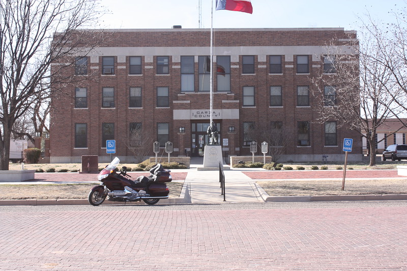 Garza%20County%20Courthouse%20Post%201-L.jpg