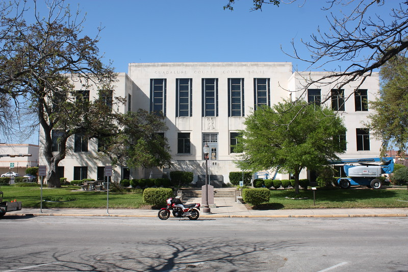 Gudalupe%20County%20Courthouse%20Seguin%202-L.jpg