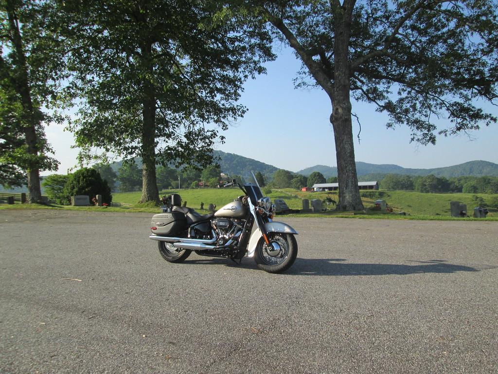 Ride%205-19-19%20TWO%20009-XL.jpg