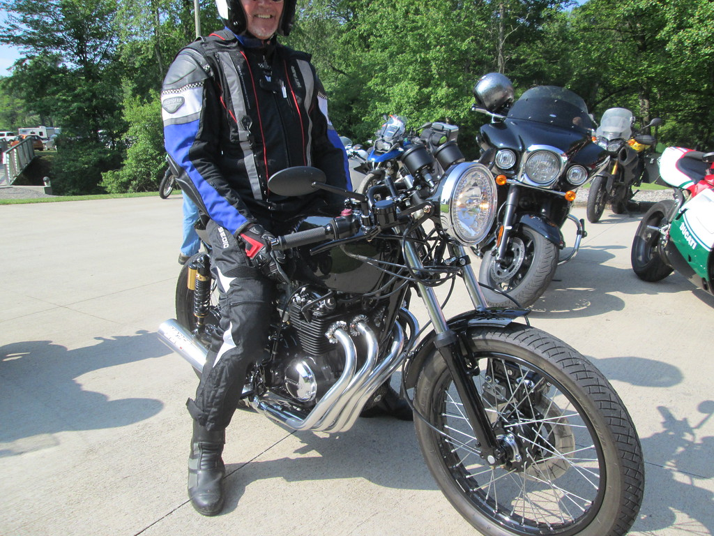 Ride%205-19-19%20TWO%20022-XL.jpg