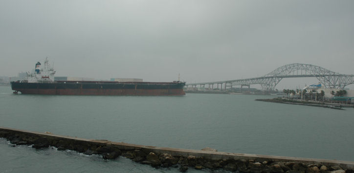 ship_4476q.jpg