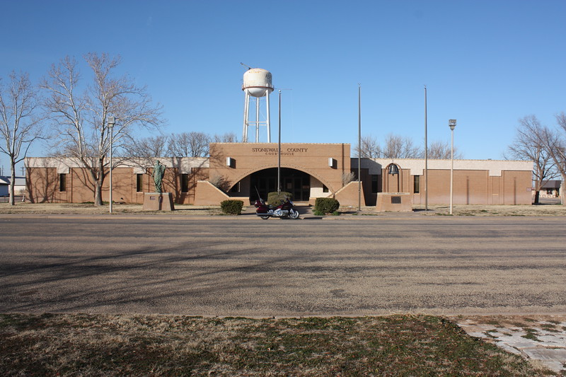 Stonewall%20County%20Courthouse%20Aspermont%202-L.jpg