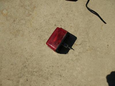 brake light assebly.jpg